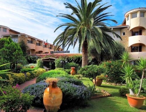 Grand Hotel Smeraldo Beach – Baja Sardinia
